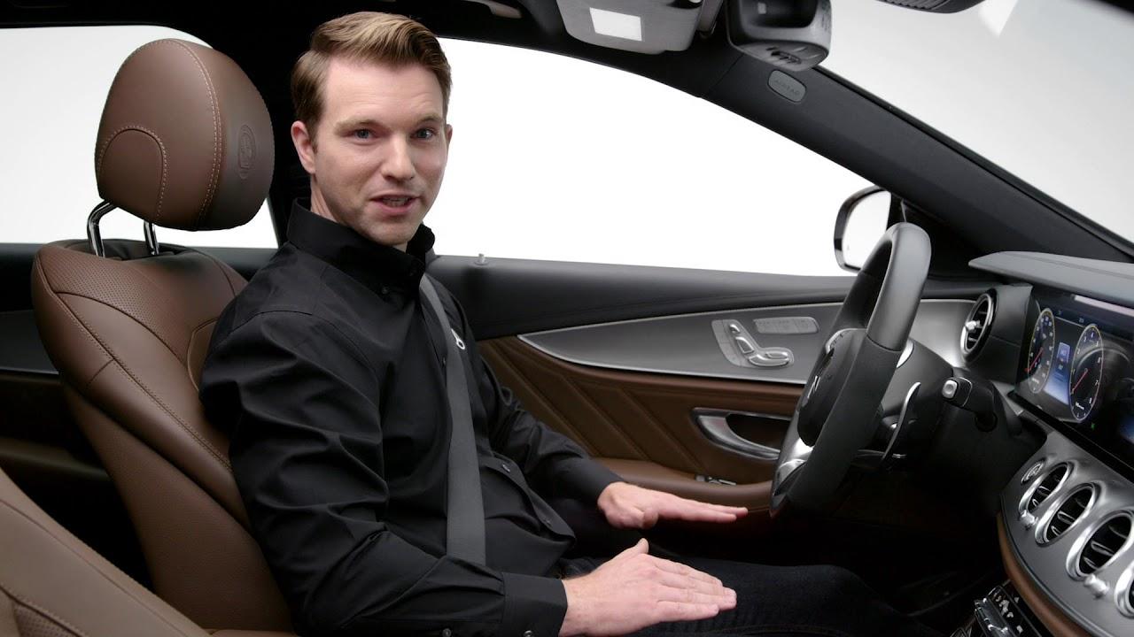 Using Mercedes-Benz Radio Functions