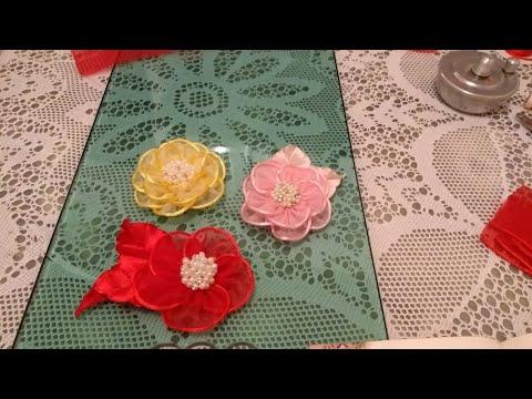 flor de fio acetinado e tecido voal