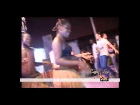 """""""Maman"""" Chantè Au Palm Beach à Kinshasa Par Jocelyn Balu Et Les Aigles De La Révolte, 23 Mai 2014"""