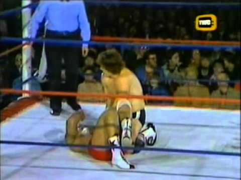 'Tiger' Dalibir Singh vs. 'Cowboy' Brett Hart - World of Sport