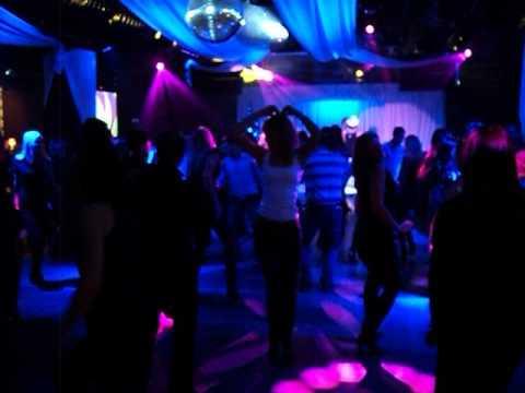 Ночной клуб изюм в новосибирске премиум класс фитнес клуб в москве