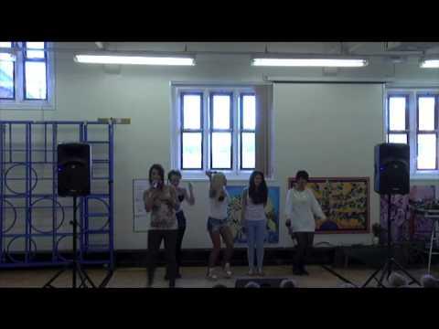 Bubbel G mini school tour