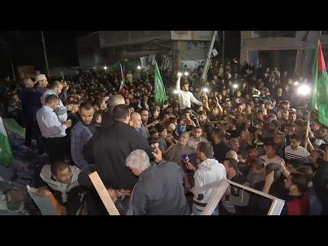 احتفالات فلسطينية وهدوء حذر مع توقف إطلاق النار في قطاع غزة…  - نشر قبل 3 ساعة