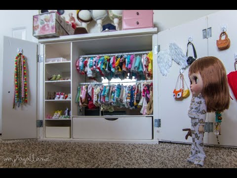 Blythe Doll Closet Tour (with Closed Captions)