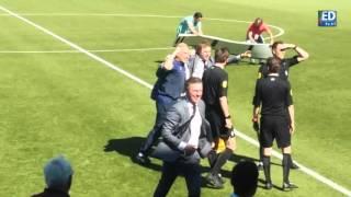 Kampioen? Cocu wacht op uitslag Ajax