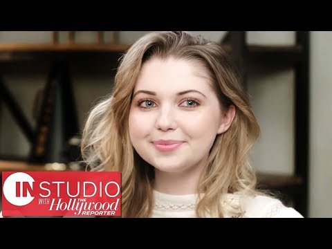 Sammi Hanratty: Casting for 'Shameless' & Emmy Rossum as a Director  In Studio With THR