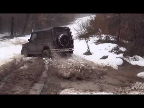 Mercedes Benz G Class OFF ROAD Capabilities In Winter Conditions