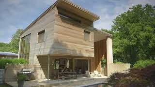 Architect John Berg's Indoor/Outdoor Hamptons Home