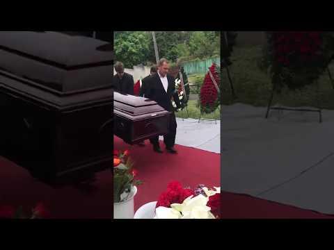 Проведение VIP похорон (ритуальное бюро ТРАУР)