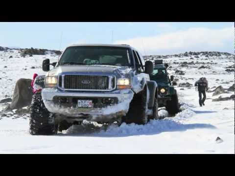 Awesome Off-Road 4x4 Trucks in Iceland [HD]