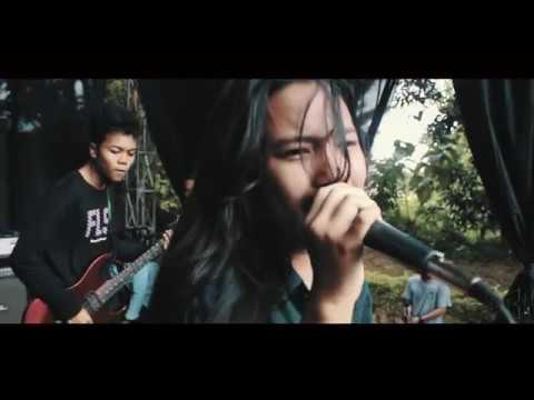 DMND RUSH - JANGAN HIRAUKAN (Official Lyric Video)