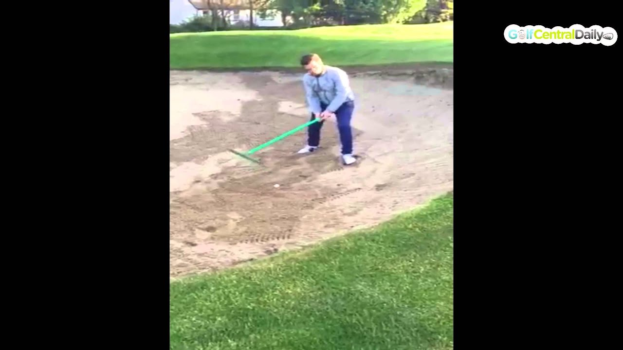 US Open: Jordan Spieth hits hidden rake with bunker shot at No. 2