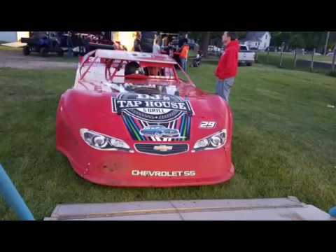 Jeff Crouse Racing.  Fiesta City Speedway.  5/26/17.  Super Stock