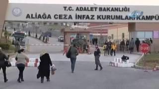 İzmir'de 270 sanıklı ilk FETÖ davası başladı