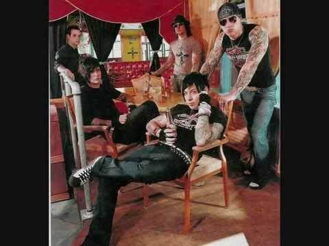 Avenged Sevenfold - Crossroad - Lyrics
