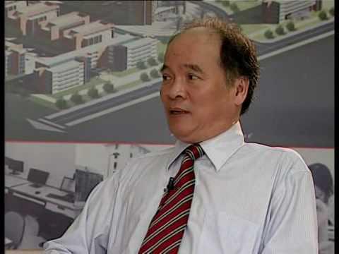 Giáo sư Huỳnh Hữu Tuệ