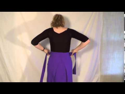 How to Wear Your Half-Chuba – Wangmo Designs - YouTube