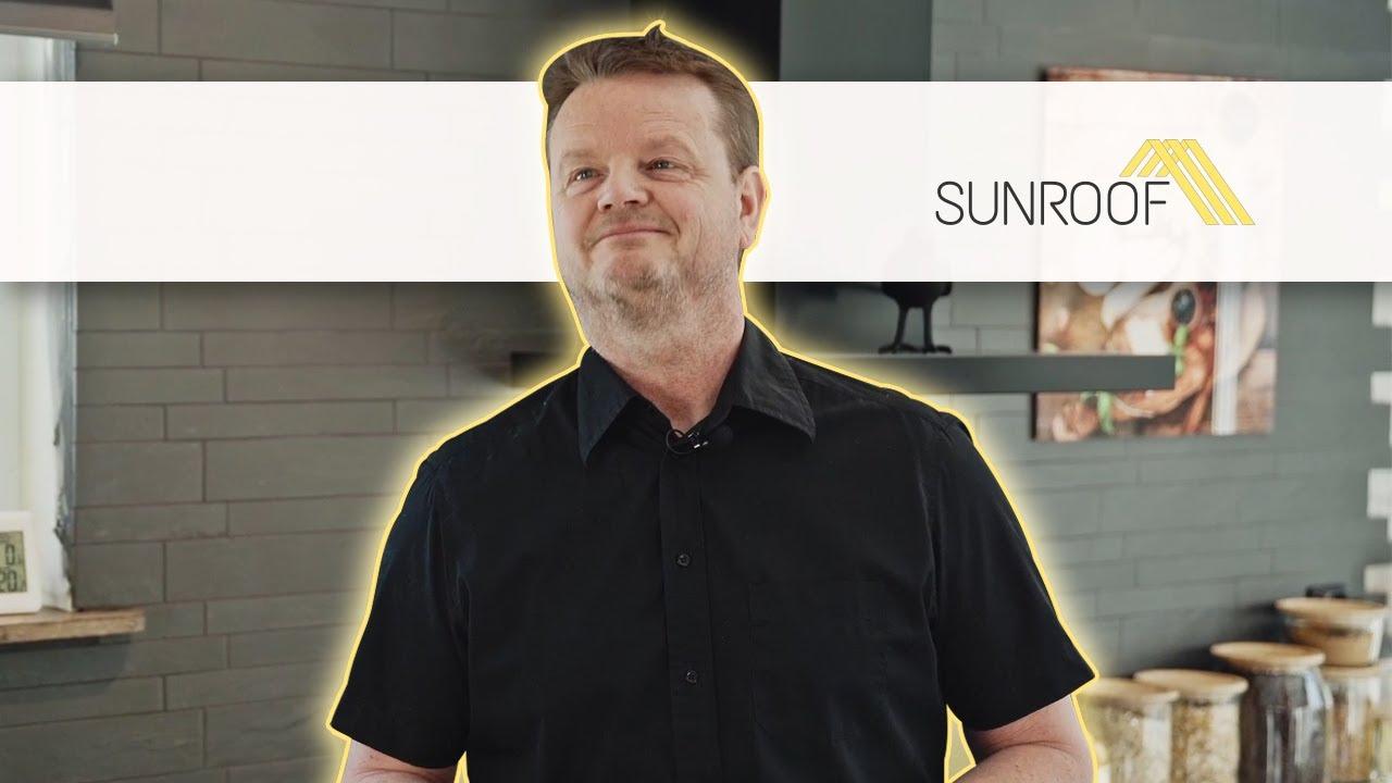 Martin's SunRoof grabs pedestrians' attention!