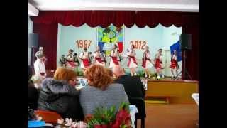 "Ansamblu Modern de Dansuri Populare ,,Miorita""-Hora Mare"