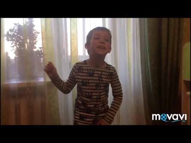 Изображение предпросмотра прочтения – ЯрославУваров читает произведение «Мама! глянь-ка, из окошка -» А.А.Фета