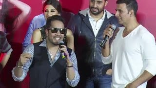 Taang Uthake Song Singed By Mika Singh ! LIVE