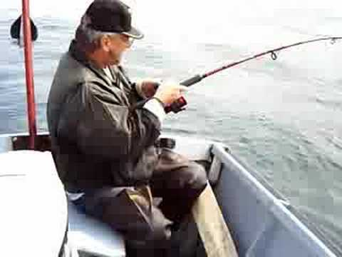 Dory fishing in pacific city oregon youtube for Oregon out of state fishing license