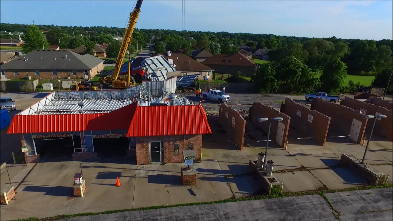 drone car wash roof onto a house in springfield mo youtube. Black Bedroom Furniture Sets. Home Design Ideas