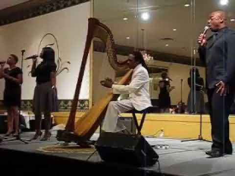 Jeff Majors Performs Psalm 23 Live