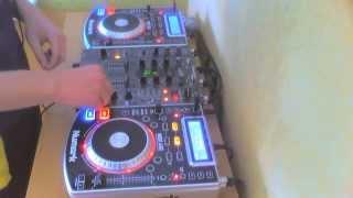 JohaN - 22min Mix (2xNumark NDX 400 + Pioneer DJM 400)(Spontaniczny 22min MIX ! 18.05.2013r ! Fan Page : http://www.facebook.com/DJJohaN17., 2013-05-18T12:51:16.000Z)