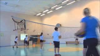 Урок по физической культуре. Волейбол в 5 классе.