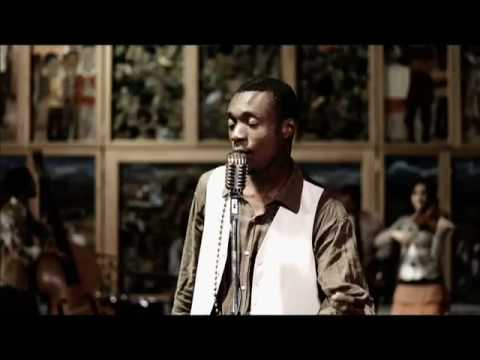 Nathaniel Bassey - Someone's at the Door