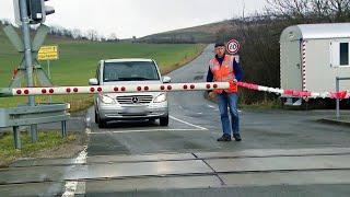 Beschränkte Bahnübergänge