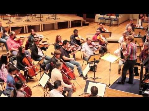 "Ensaio Osesp - Marin Alsop rege ""Concerto nº21"" de Mozart"