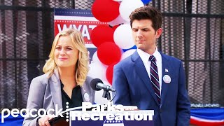 Parks and Recreation - Leslie Sets the World Straight (Episode Highlight) Mp3
