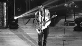 Mac Miller On Guitar(Live at Chicago