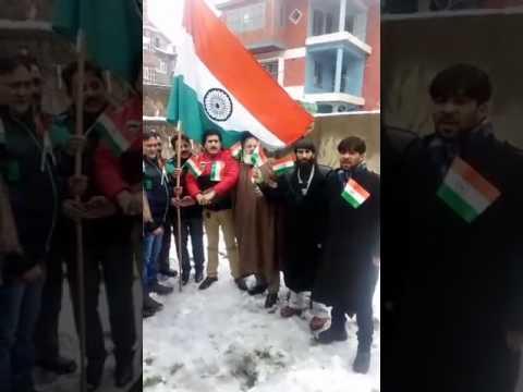 Republic day celebrated in Kashmir