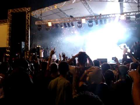 Lil' Jon - Crunk Rock (Intro) & Get Crunk - Performance Live in Brasília - Brasil.