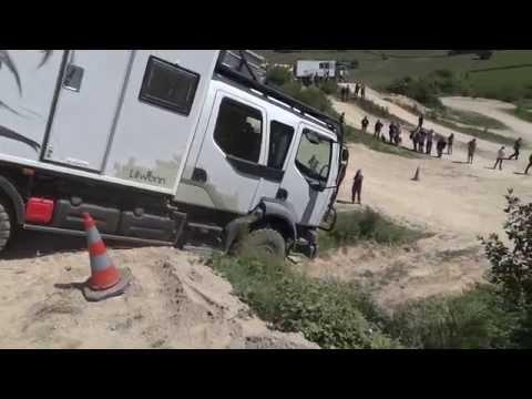 renault trucks midlum 4x4