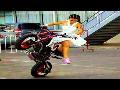 Beautiful GIRL Riding Big Motorcycle - Motorcycle Stunts