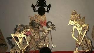 Video Wayang kulit Sastro Jendro Hayuningrat Pangruwating Diyu oleh Ki Timbul Hadiprayitno 2 dari 4 download MP3, 3GP, MP4, WEBM, AVI, FLV Agustus 2018