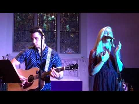 Gwynne Alden & Tom Briant singing James Taylor's Carolina in my mind. Twilight concert Rumson New J