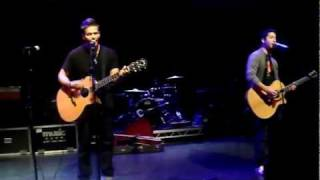 Fix You - Tyler Ward & Alejandro (Boyce Avenue)