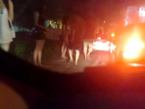 Prostitutes Working in South Central Los AngelesKaynak: YouTube · Süre: 4 dakika36 saniye