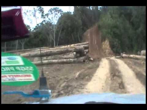 Driving in the Kelabit country, Long  Napir toward Long Seridan.