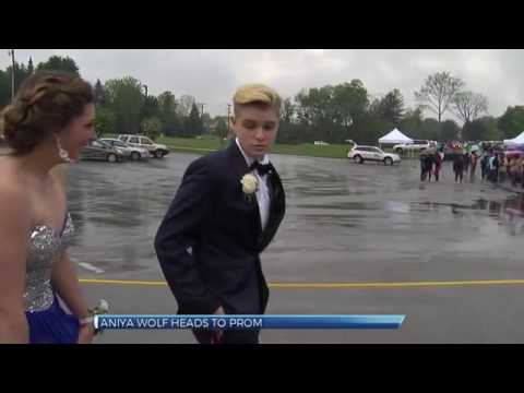 Bishop McDevitt girl kicked out of prom heads to William Penn prom ...