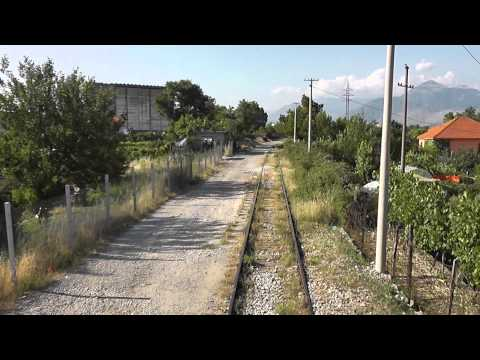 HSH T669 1032 and 1049 turn around in Shkoder station (Albania)