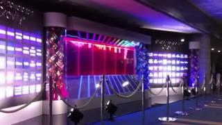 横浜アリーナ ホール内 電光看板.