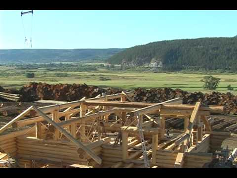 seasoned log cedar homes pioneer log homes of bc youtube. Black Bedroom Furniture Sets. Home Design Ideas