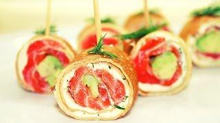 Блинчики с лососем, сливочным сыром и авокадо