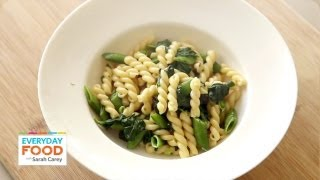 Pasta Recipe With Snap Peas, Basil, And Spinach - One Pot Dinner - Everyday Food With Sarah Carey